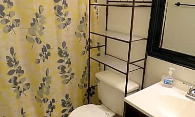 Bathroom, 702 29th St N, 2