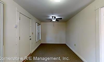 Bedroom, 542 N Madison Ave, 1