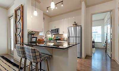 Kitchen, The Luxe at Creekside, 1