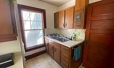 Kitchen, 526 Hayes Street, 2
