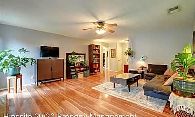 Living Room, 818 Pack Saddle Pass, 1