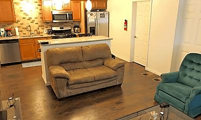 Living Room, 102 N Gilfillan St, 2