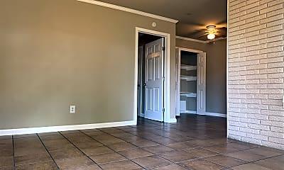 Living Room, 3045 Golfcrest Blvd, 1