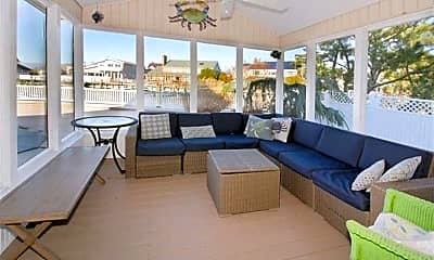 Patio / Deck, 7907 Lagoon Dr, 2