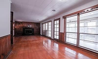 Living Room, 826 Bunker Hill Rd, 1