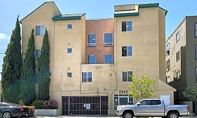 Building, 2943 MacArthur Blvd, 1
