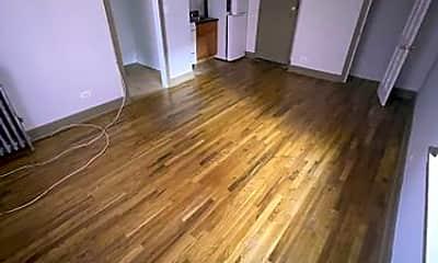 Living Room, 4915 W Belle Plaine Ave, 1