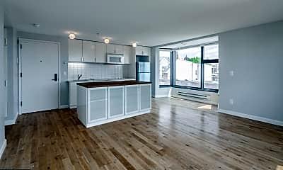 Living Room, 2101 Kimball St 3, 0