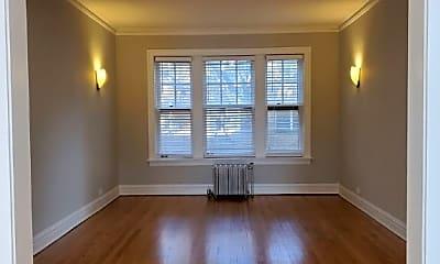 Living Room, 1332 W Granville Ave, 0
