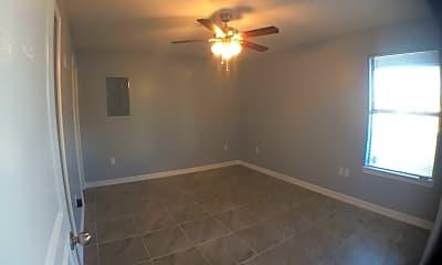 Bedroom, 3206 Hill Crest Dr, 2