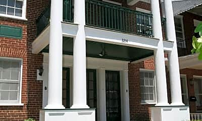 Building, 3214 W Franklin St, 0