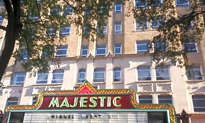 Towers at the Majestic, 0