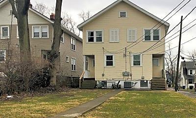 Building, 194 E Hudson St, 2