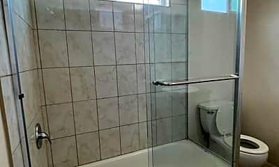 Bathroom, 10119 San Carlos Ave, 2