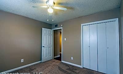 Bedroom, 523 Spring Dr, 2