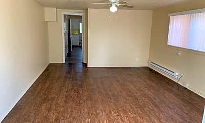 Living Room, 590 Scott St, 1