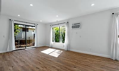 Living Room, 548 N Westmoreland Ave, 0