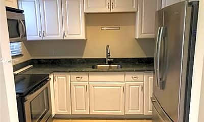 Kitchen, 571 NW 112th St, 2
