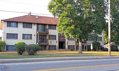 Basswood Apartments, 0
