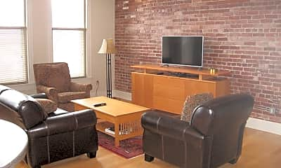 Living Room, 72 E Market St 5TH, 1