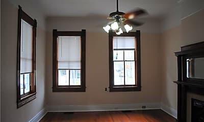 Bedroom, 519 Lowerline St, 1