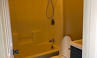 Bathroom, 280 W Kauai St, 2