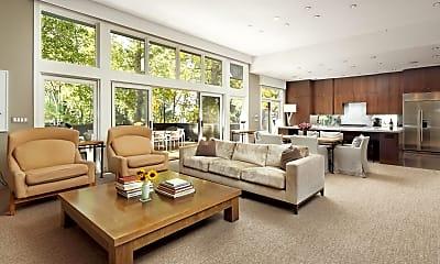 Living Room, 323 W Francis St, 0
