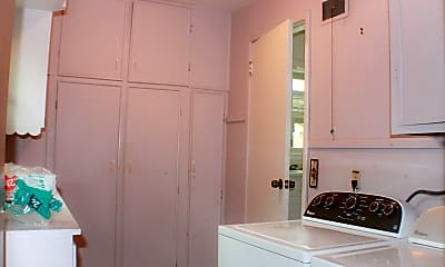 Bathroom, 1750 S Fabrique Dr, 2