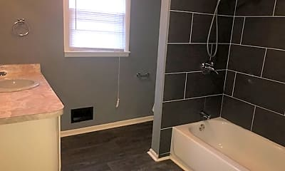 Bathroom, 3700 E 98th Terrace, 1