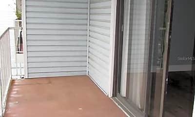 Patio / Deck, 607 Fenton Pl 303, 2