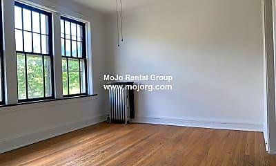 Living Room, 2305 W Wilson Ave, 1
