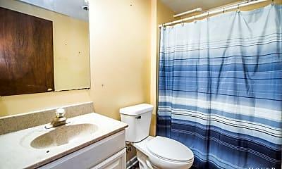 Bathroom, 446 W Virginia St 2, 2