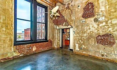 Living Room, 1113 Washington Ave 218, 0