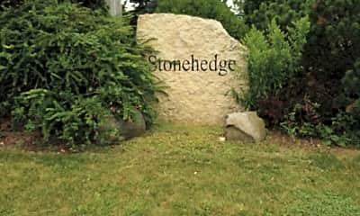 Stonehedge apartments, 1