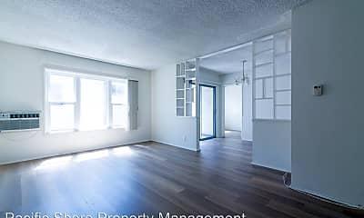 Living Room, 849 S Holt Ave, 1