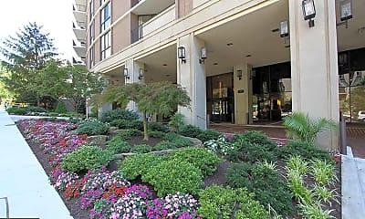 Building, 4620 N Park Ave 511E, 2