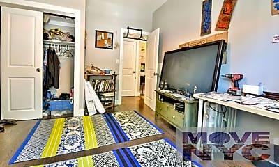 Living Room, 802 Park Pl, 1