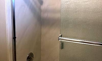 Bathroom, 189 Evans Ave, 2