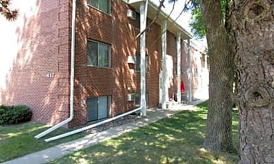 Building, 417 27th St NE, 0