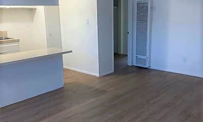 Living Room, 2270 Sepulveda Blvd, 0