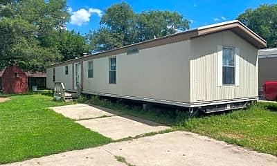 Building, 1302 E MacArthur Rd, 0