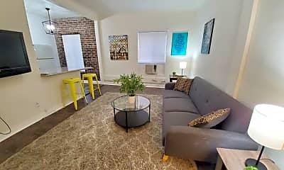 Living Room, 833 Fedora St, 0