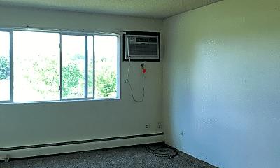 Living Room, 302 6th St SW, 1
