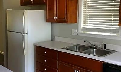 Kitchen, 300 Nevis Dr, 1