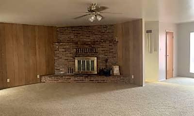 Living Room, 849 G St A, 1