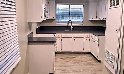 Kitchen, 11306 S Figueroa St, 1