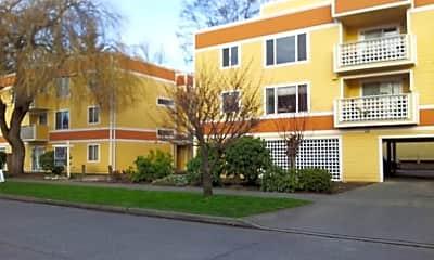Building, 9242 Ashworth Ave N, 1
