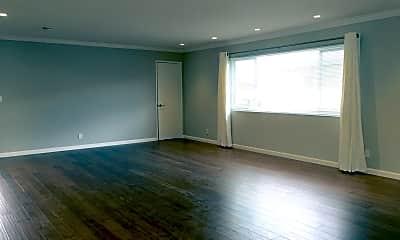 Living Room, 1674 Hollenbeck Ave, 1