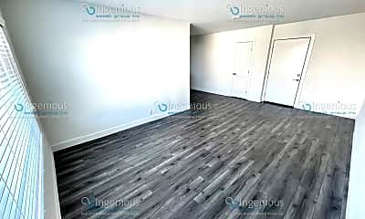 Living Room, 7006 Lanewood Ave, 1