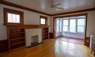 Living Room, 5536 N Winthrop Ave, 1